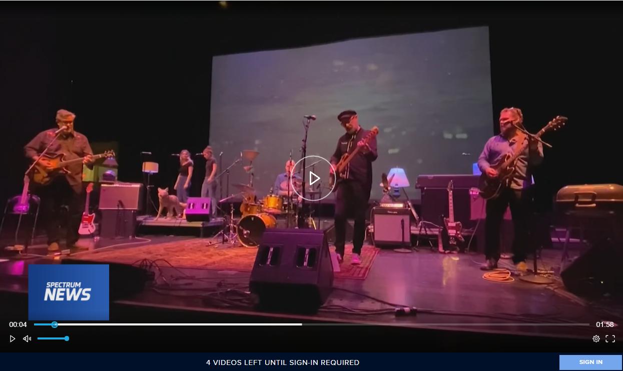Moviola Live show preview